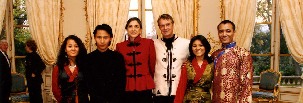 De gauche à droite : Pema, Yvan, Danielle, Olivier, Diskit et Motup.
